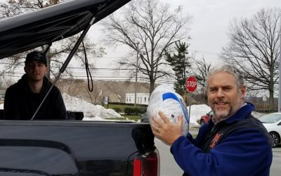 MLAA Donates Thanksgiving Turkeys