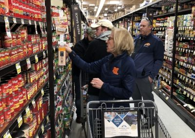 mountain-lakes-alumni-association-interfaith-food-pantry-12-17-18-1