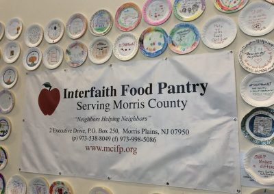 mountain-lakes-alumni-association-interfaith-food-pantry-12-17-18-7